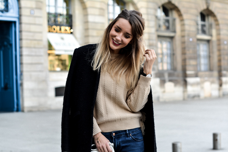 look_fashion_beige_pull_hiver_blonde_mode