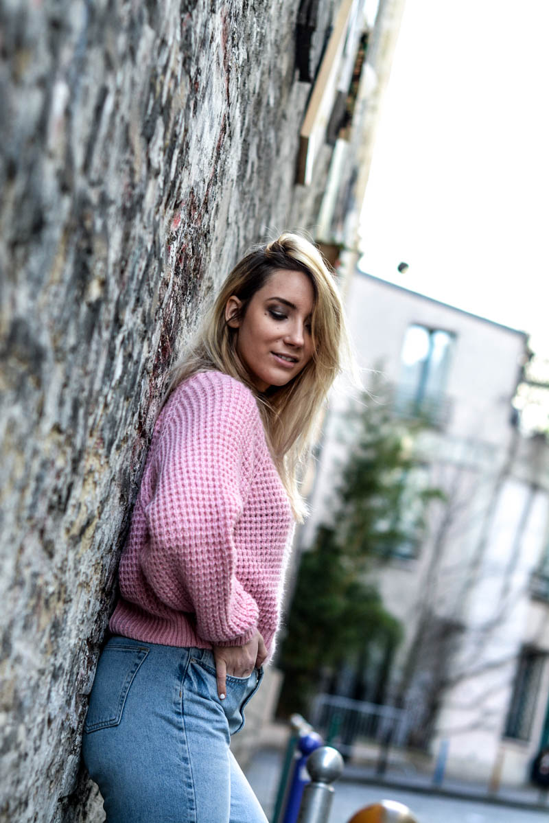 pull_rose_tenue_printemps_girl_tendance_urban_outfitters